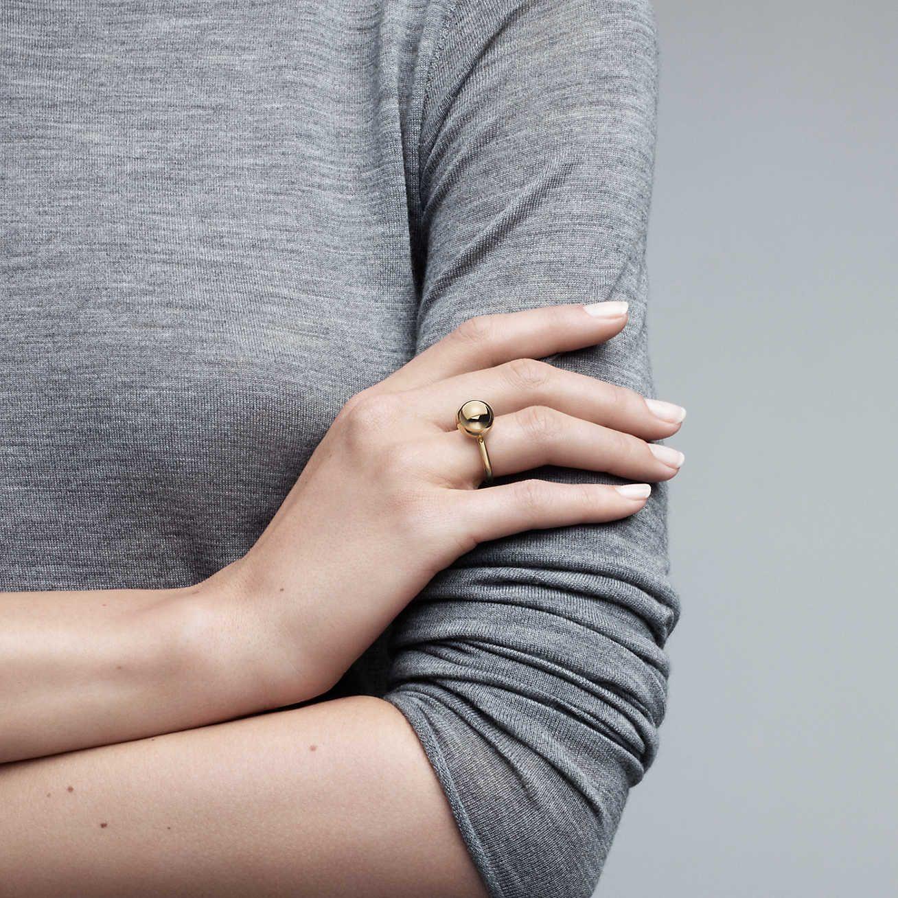 5d448ac1ee9a21 Tiffany HardWear:Ball Ring. Model Shot Tiffany, Sterling Silver Rings, 18k  Gold ...