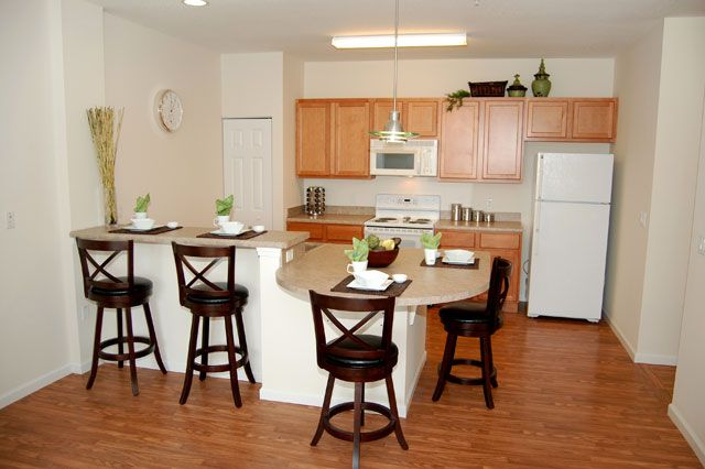 Eat In Kitchen Windsor West Apartments Eat In Kitchen Apartment Communities Home Decor
