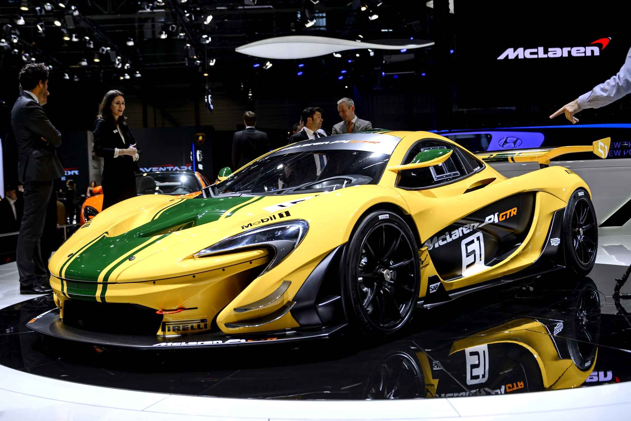 The new McLaren P1 GTR sees the combined power of its V8 3.8 turbo and its electric motor driving it's power to 1,000hp overall instead of previous 916.