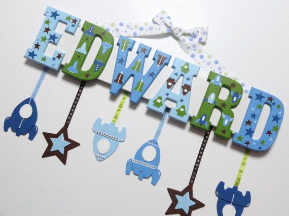 Space themed name plaque clay pinterest kinder for Holzbuchstaben babyzimmer