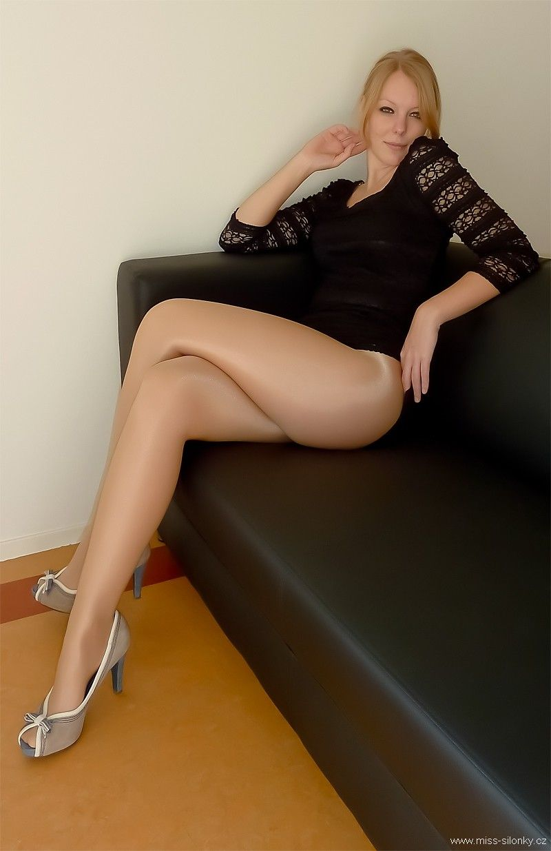 Excellent Silonky amateur pantyhose opinion