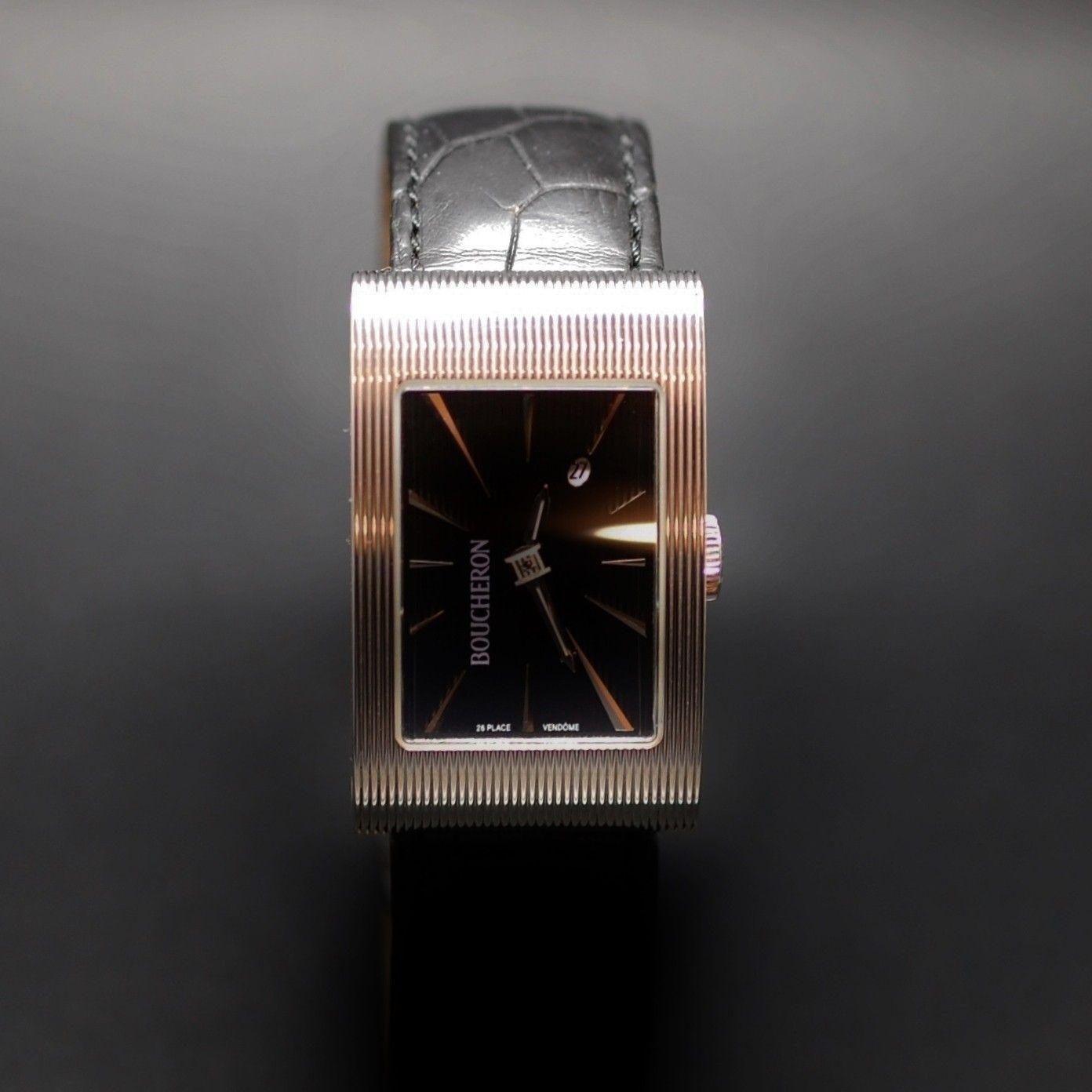 BOUCHERON. Montre bracelet d'homme modèle grand reflet en acier