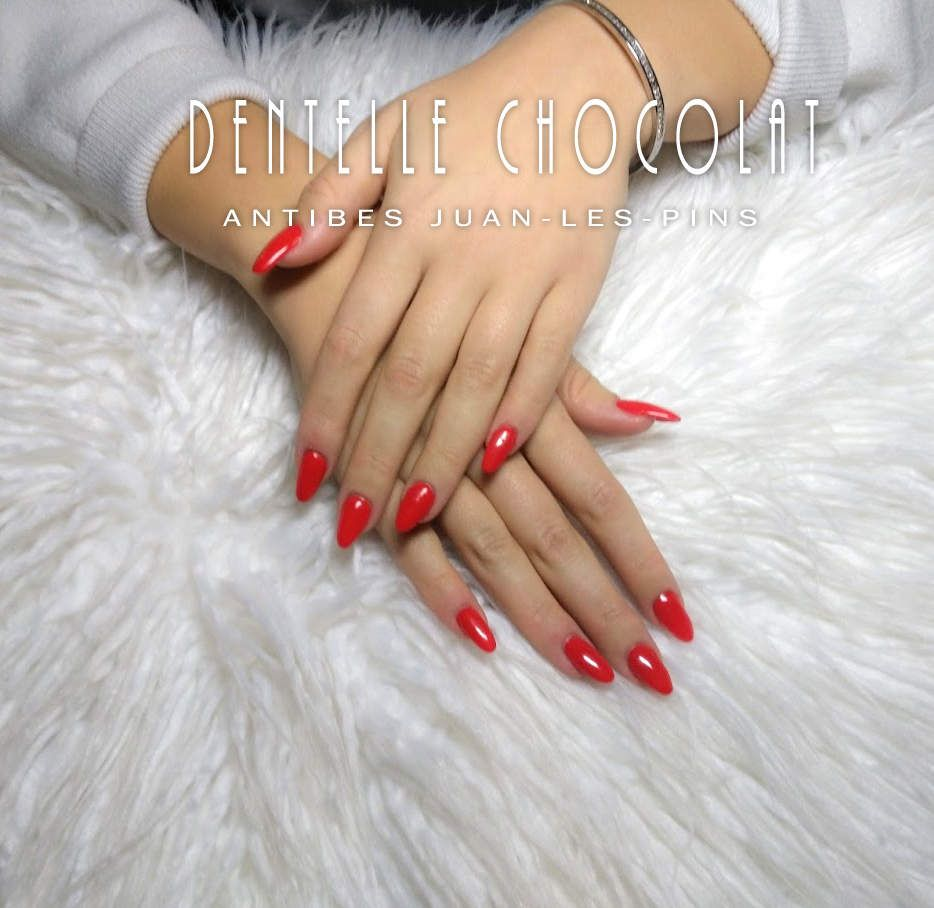 Amande rouge. Ongle Antibes Ongle Juan,les,pins
