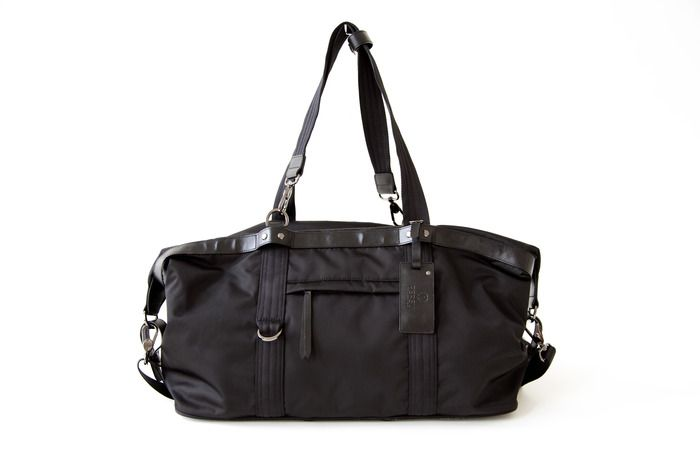 215608ec181b43 Work-appropriate workout bag PERSU: Redefining Gym Bags for the Modern & Active  Lifestyle