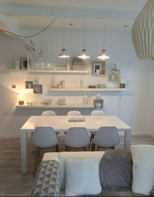 Sophie Ferjani  Un salon revisité en gris et blanc au style