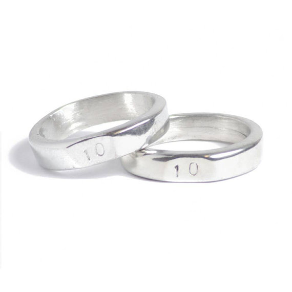 Pin By Ajda Samec On Wedding Rings Anniversary Gifts For Couples
