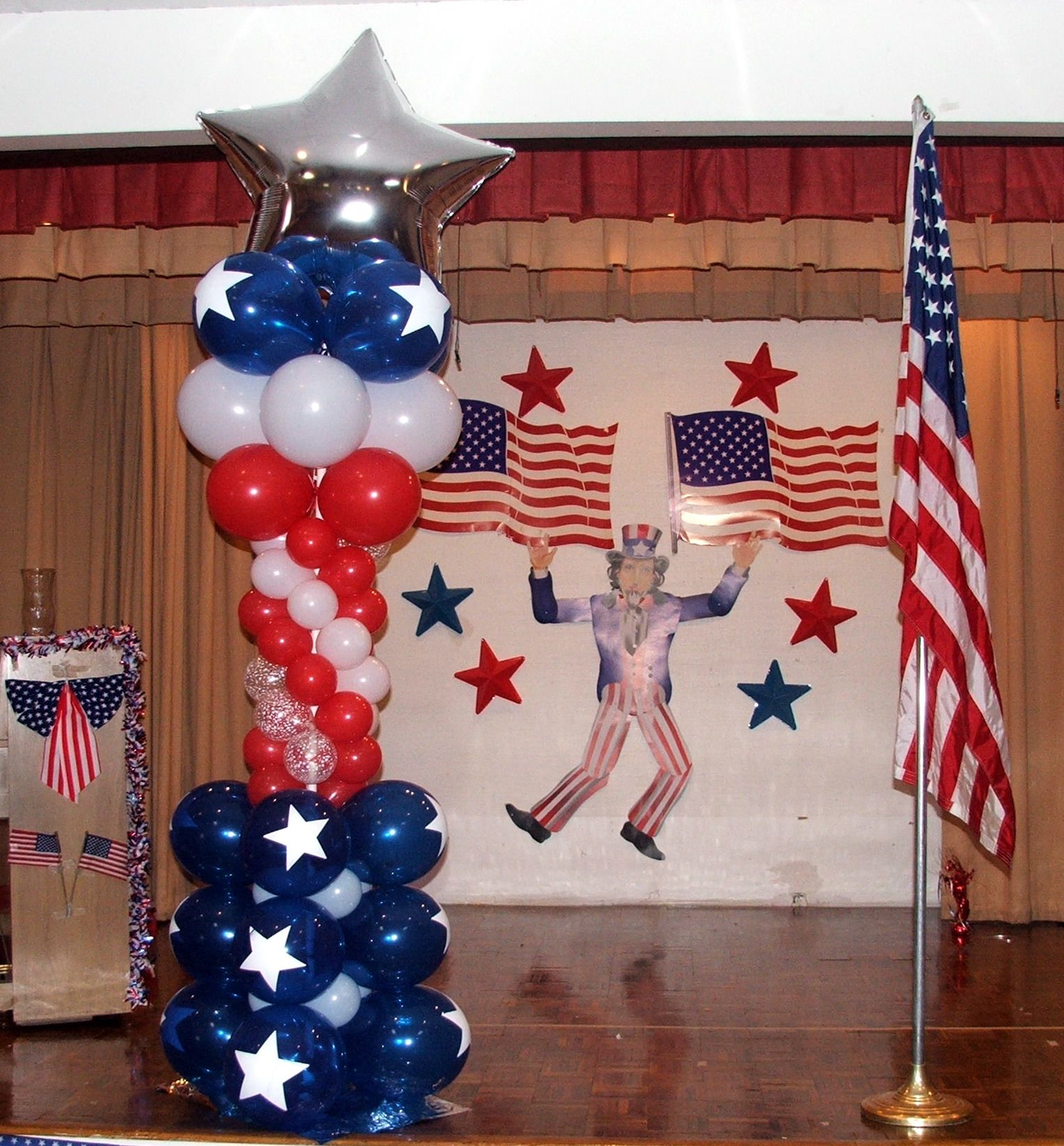 Forth Of July Balloon Column 4 Of July Event Decoration Www Dreamarkevents Com Balloon Columns Balloons Balloon Decorations