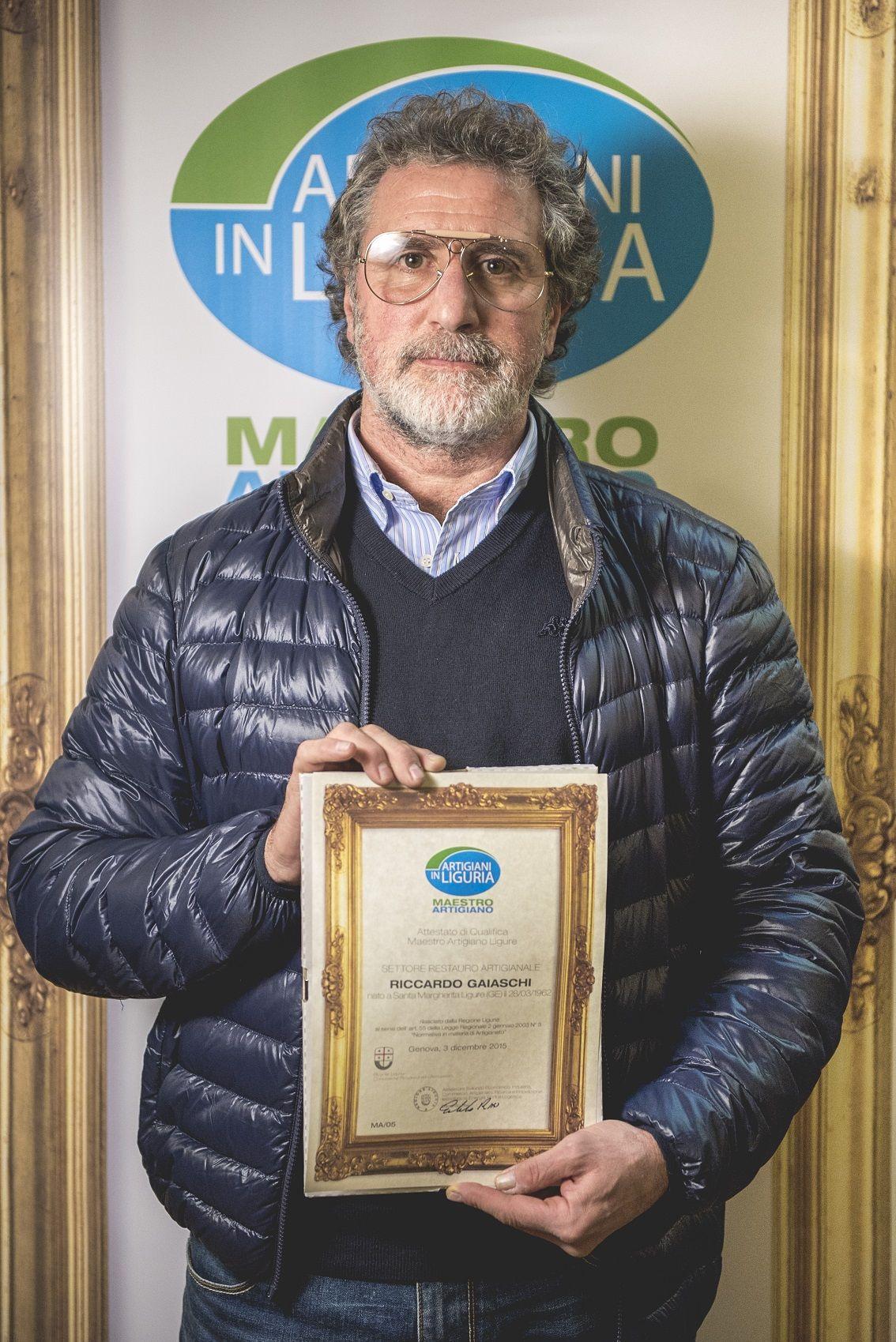 Riccardo Gaiaschi Maestro Artigiano Del Restauro Artigianale Ph