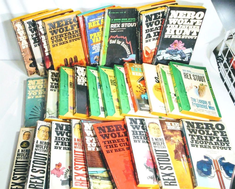 Rex Stout Nero Wolfe Paper Back Books 31 Total Vintage