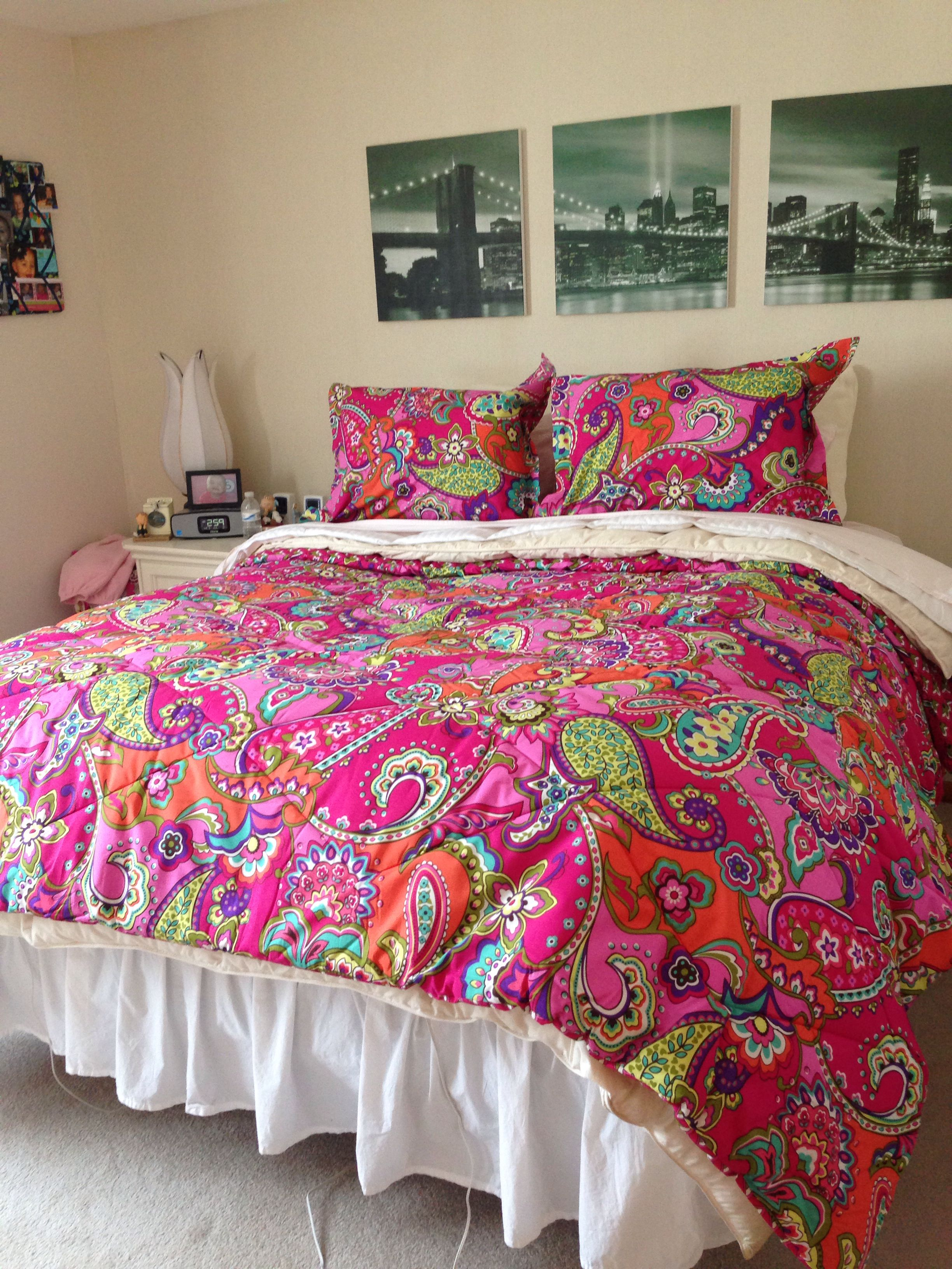 My Bedroom With The Pink Swirls Full Queen Comforter Set