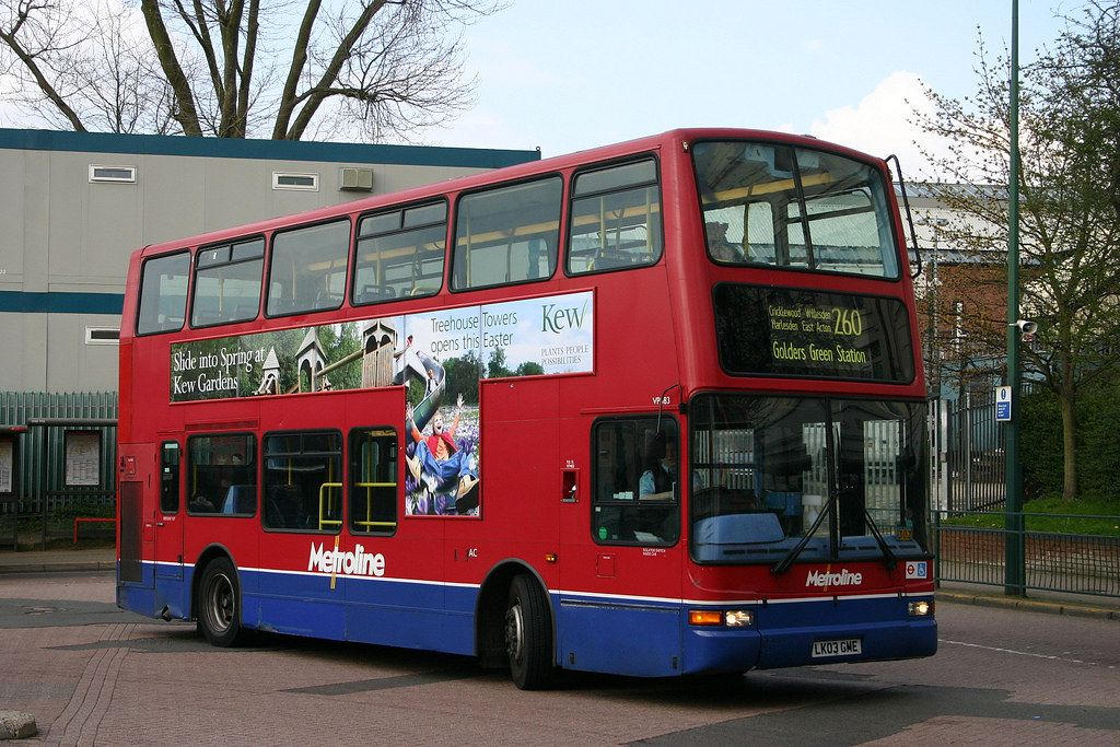 Metroline Vp483 In 2020 Bus Coach Bus Photography