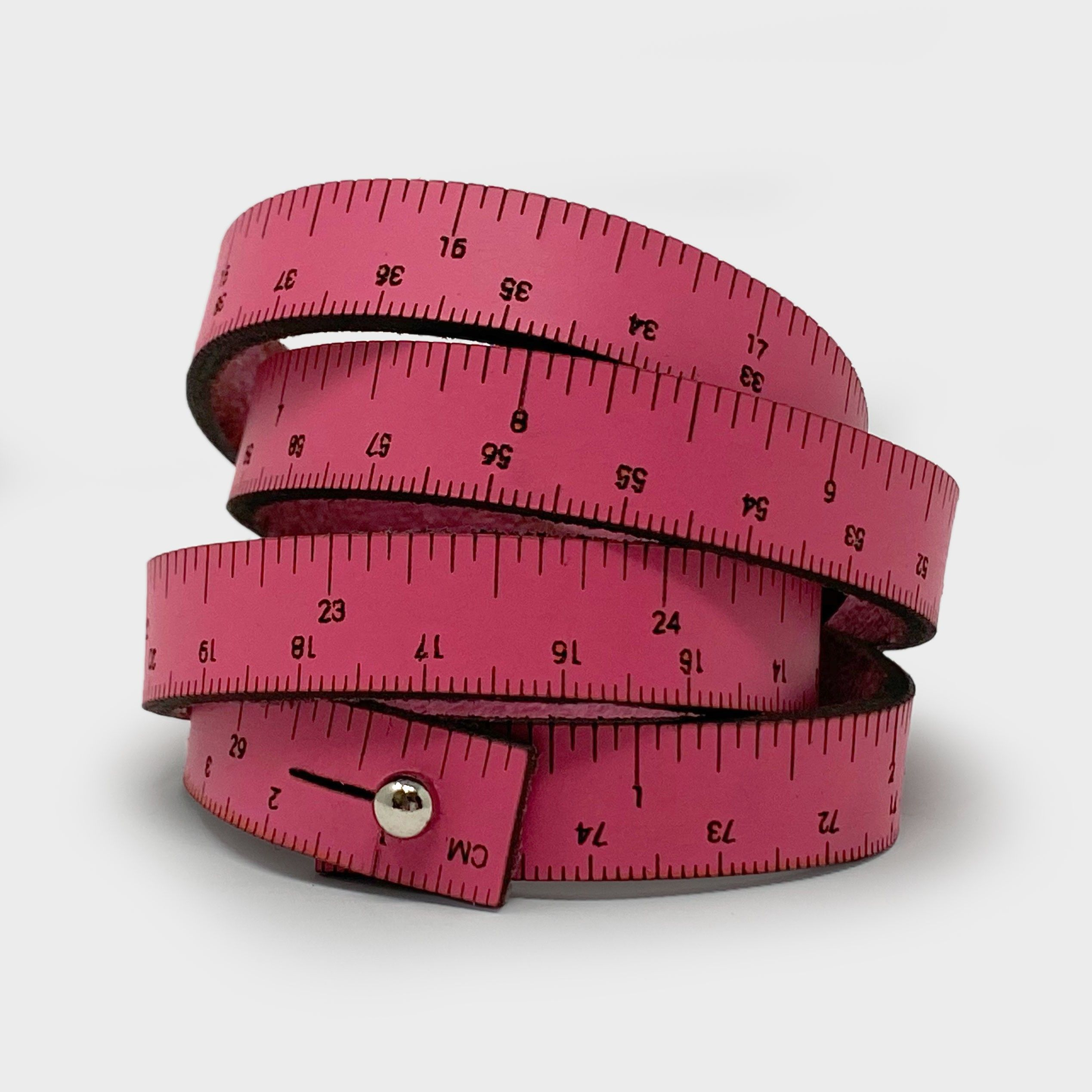 how to measure wrist size with ruler
