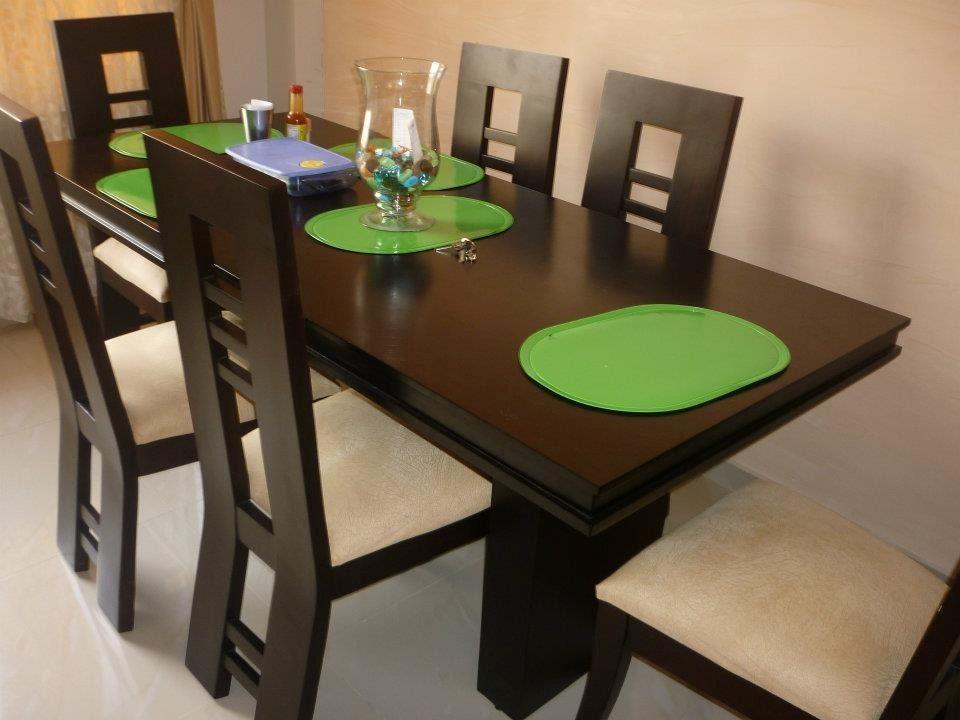 Comedor de 4 puestos moderno buscar con google muebles for Comedor tapizado moderno