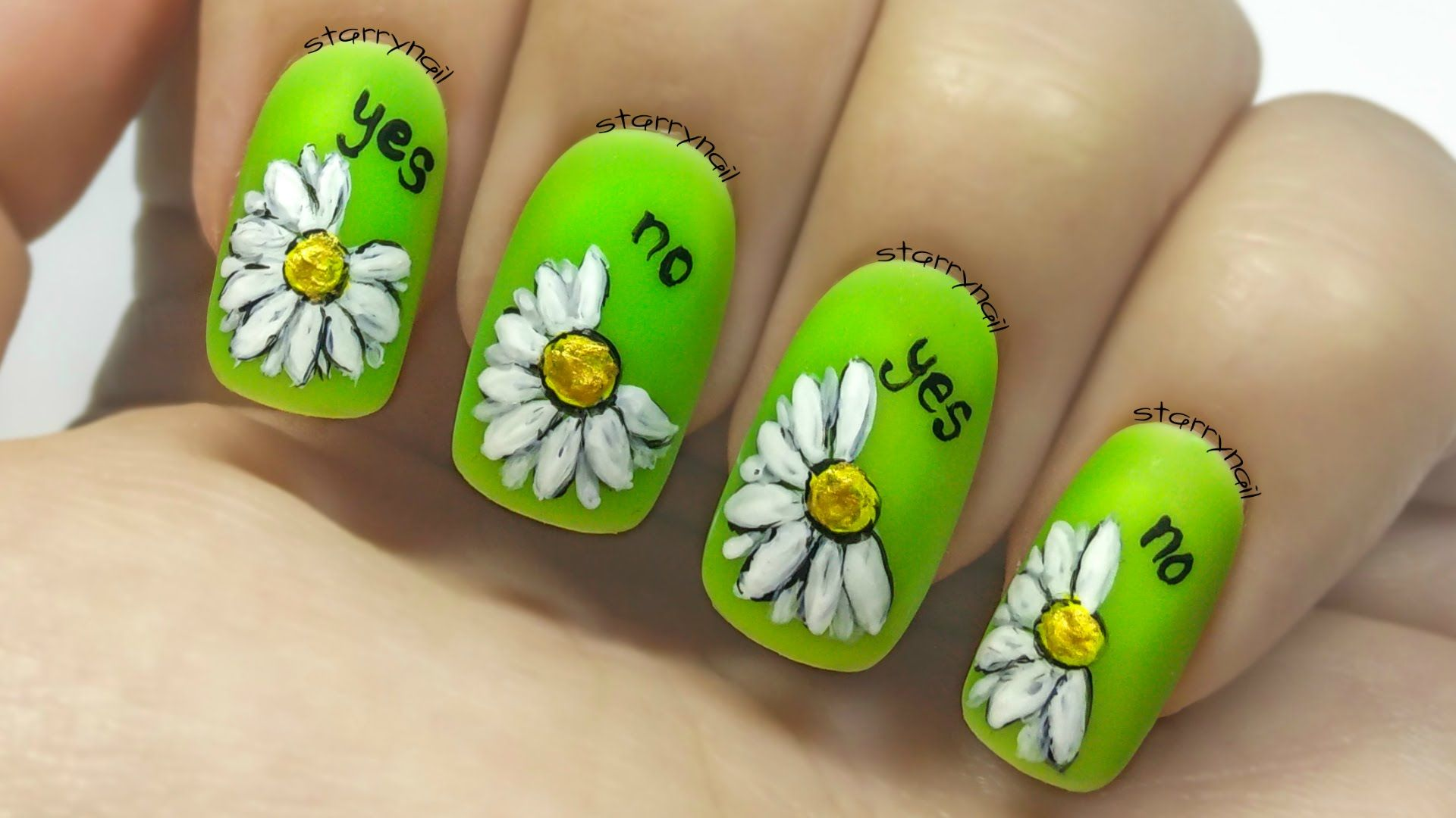 Pittura Delle Unghie Daisies Loves Me Loves Me Not Freehand Nail Art Unghie