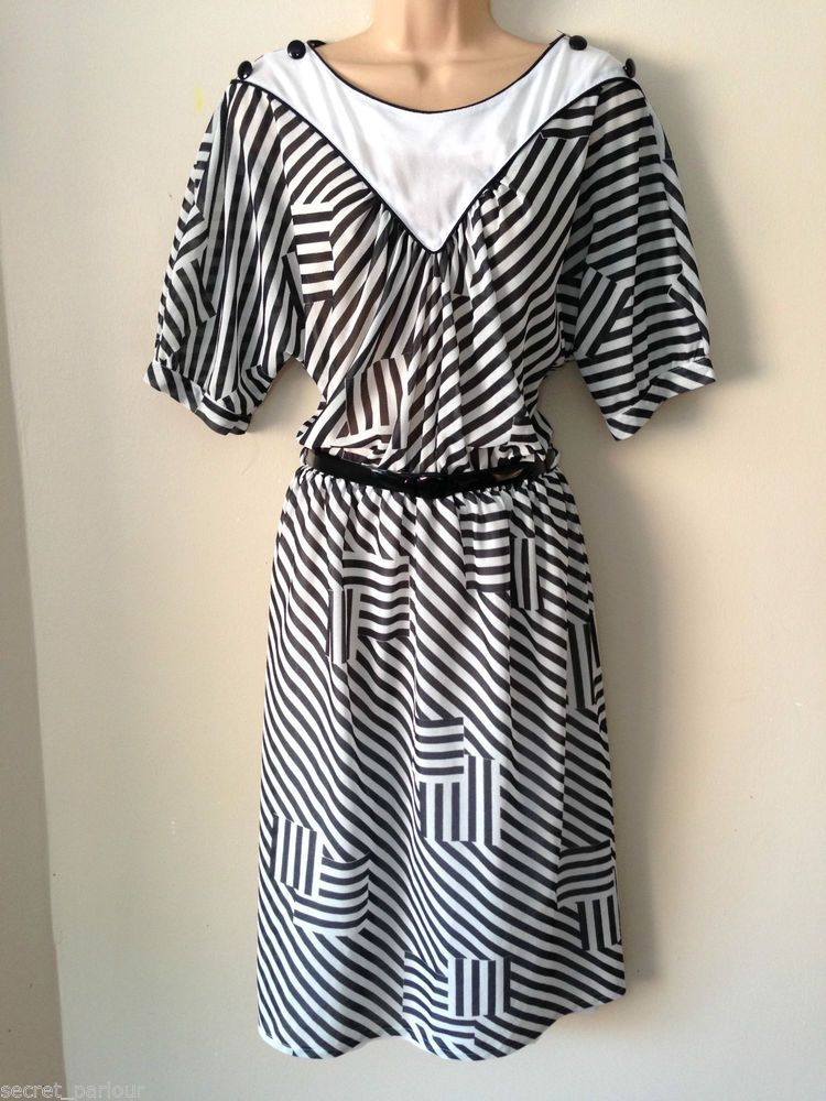 Vintage 80 s Retro White \u0026 Black Stripe