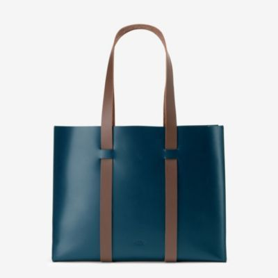 Boxy Wide Tote in Calf Leather