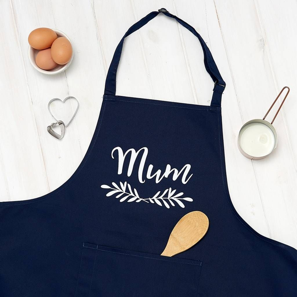 Personalised Mum Laurel Wreath Apron