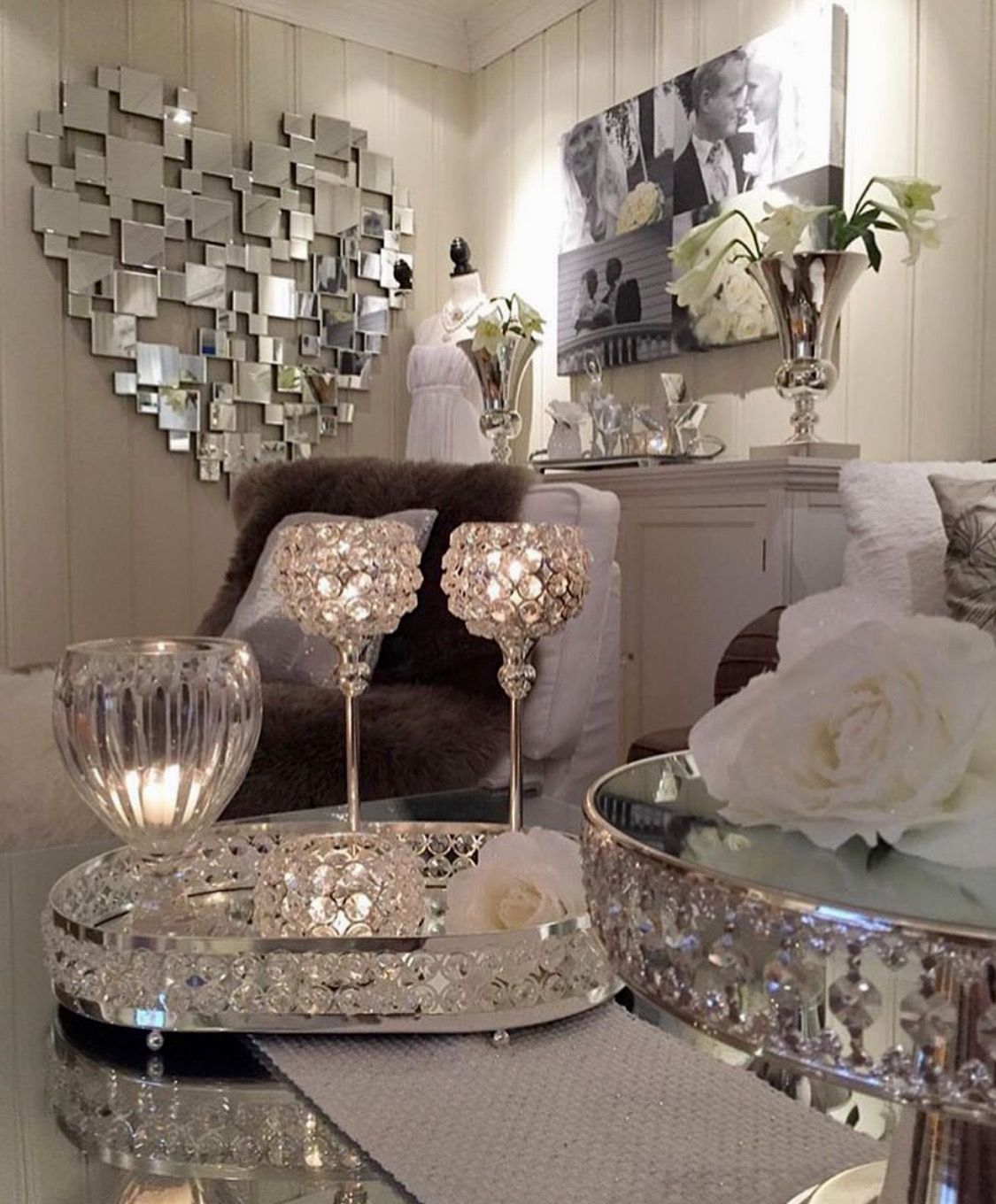 Pin By Gena Woodward On Table Vignettes Living Room Decor Decor Home Decor