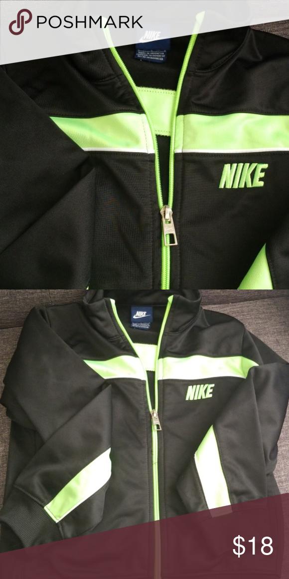 a2322e8642 Jacket NIKE. Black and Neon Green Zip Up Jacket Nike Jackets   Coats Jean  Jackets