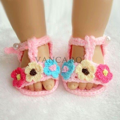 Nuevo de color de rosa del verano con flores de colores ganchillo Hecho a mano los zapatos de bebe