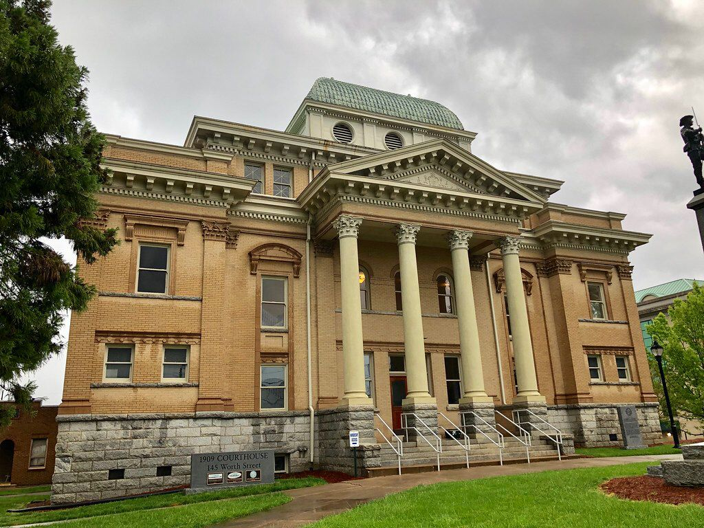 Historic randolph county courthouse in asheboro north