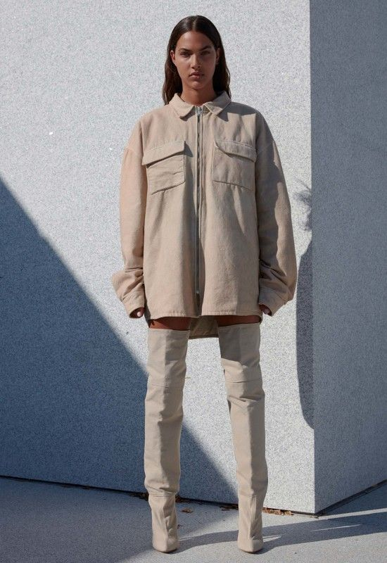 See Every Look From Yeezy Season 4 With Kanye S Official Lookbook Yeezy Ideias Fashion Roupas Tumblr