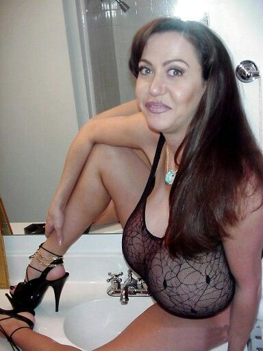 Real girlfriend blow job pics