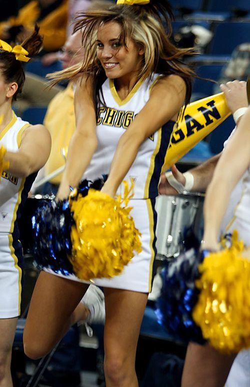college-cheerleader-girls-naked-teen-trannies-fucking-girls