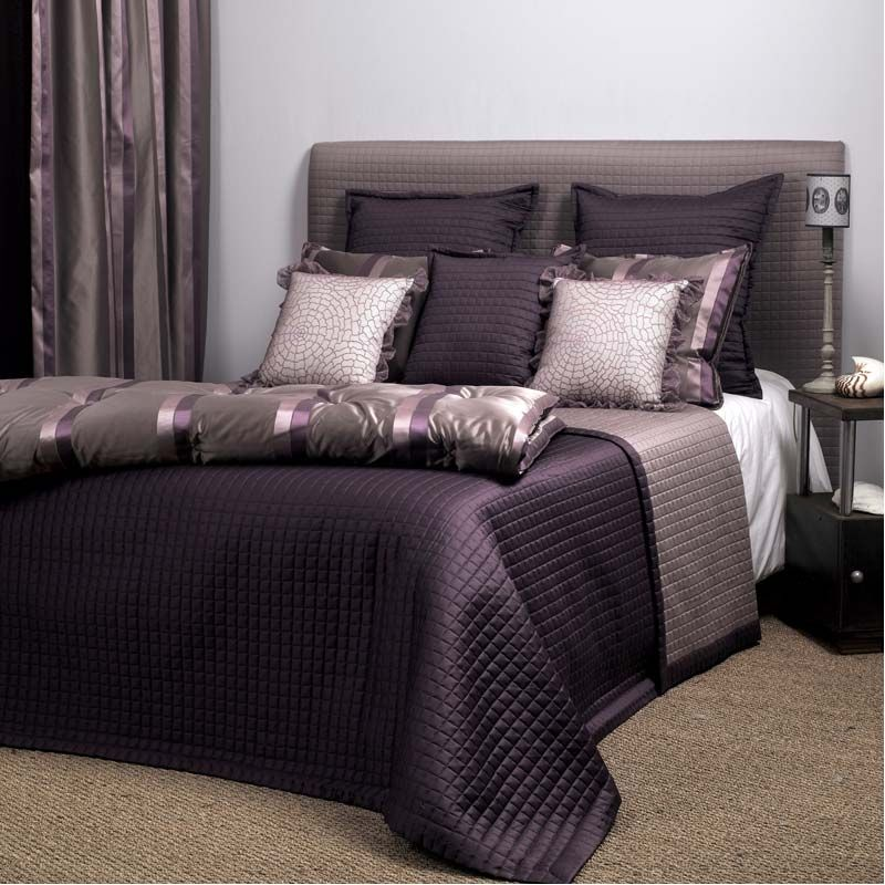 jet de lit matelasse coin literie pinterest. Black Bedroom Furniture Sets. Home Design Ideas