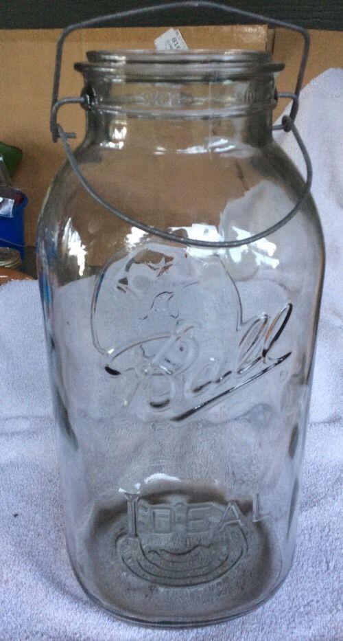 Vintage 2 Gallon Eagle Ball Ideal Jar