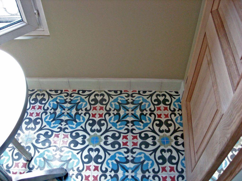 bunte fliesen aus spanien g ste wc pinterest spanien fliesen und g ste wc. Black Bedroom Furniture Sets. Home Design Ideas