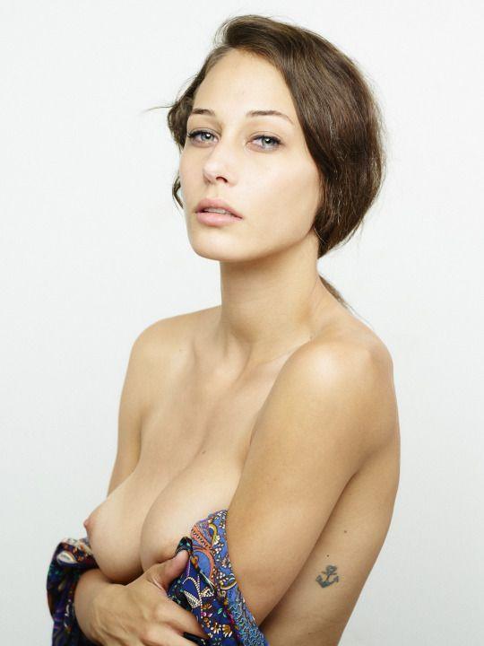 Deborah ann woll leaked naked pics