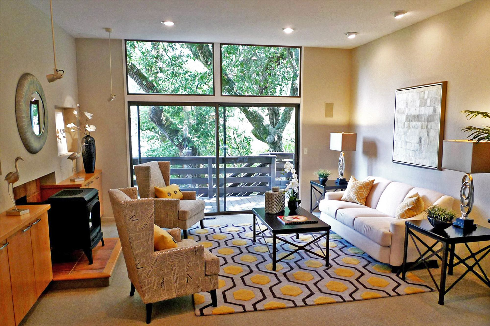 Staging Your Condo for a Quick Sale