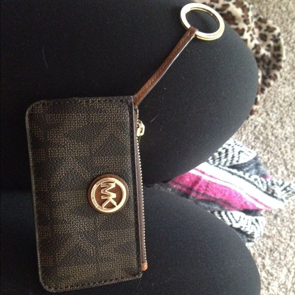 19d5220263031 Michael kors mini keychain wallet cute used but in good condition‼ MICHAEL  Michael Kors Bags Wallets