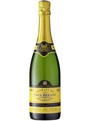 !!  Delane crémant de Bourgogne Blanc de Noirs Laget på samme metode som champagne. Halve prisen. Dette var mitt første møte med billige, franske bobler, og jeg drikker den fremdeles. Passer til aperitif, festlige anledninger og jubel i hverdagen. 6/6 Poeng149 kr