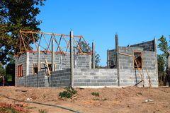 your-dream-home-new-residential-construction-house-framing-against-blue-sky-under-build-30716148.jpg (240×160)