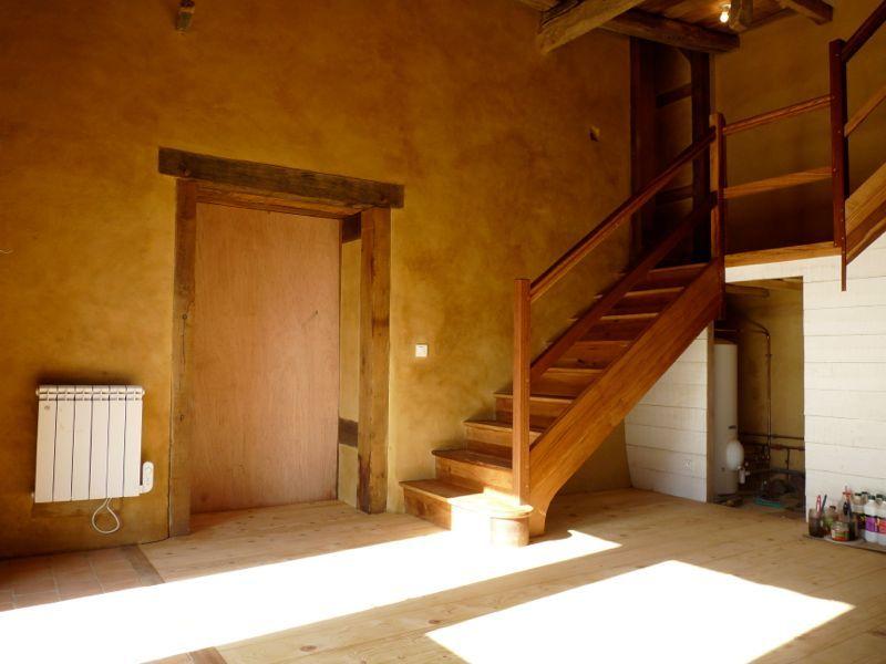 rénovation du0027une longère en terre Les murs intérieurs sont enduit à - mur en bois interieur