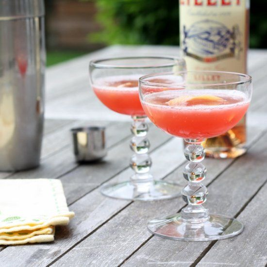 Serenity Now - a grapefruit cocktail made with Compari and Lillet. #grapefruitcocktail