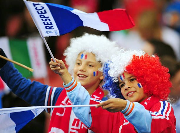 10bcc43495a Young French soccer fans