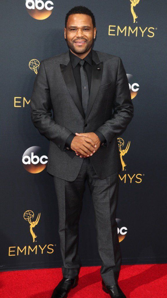"""Anthony Anderson on Twitter: """"I want to say thank you to @johnvarvatos for dressing me for the #Emmys last night. https://t.co/em9rtzT4Lq"""""""