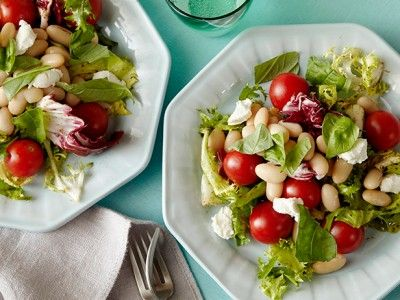 Five-Minute Salad: Goat Cheese, Herb and White Bean