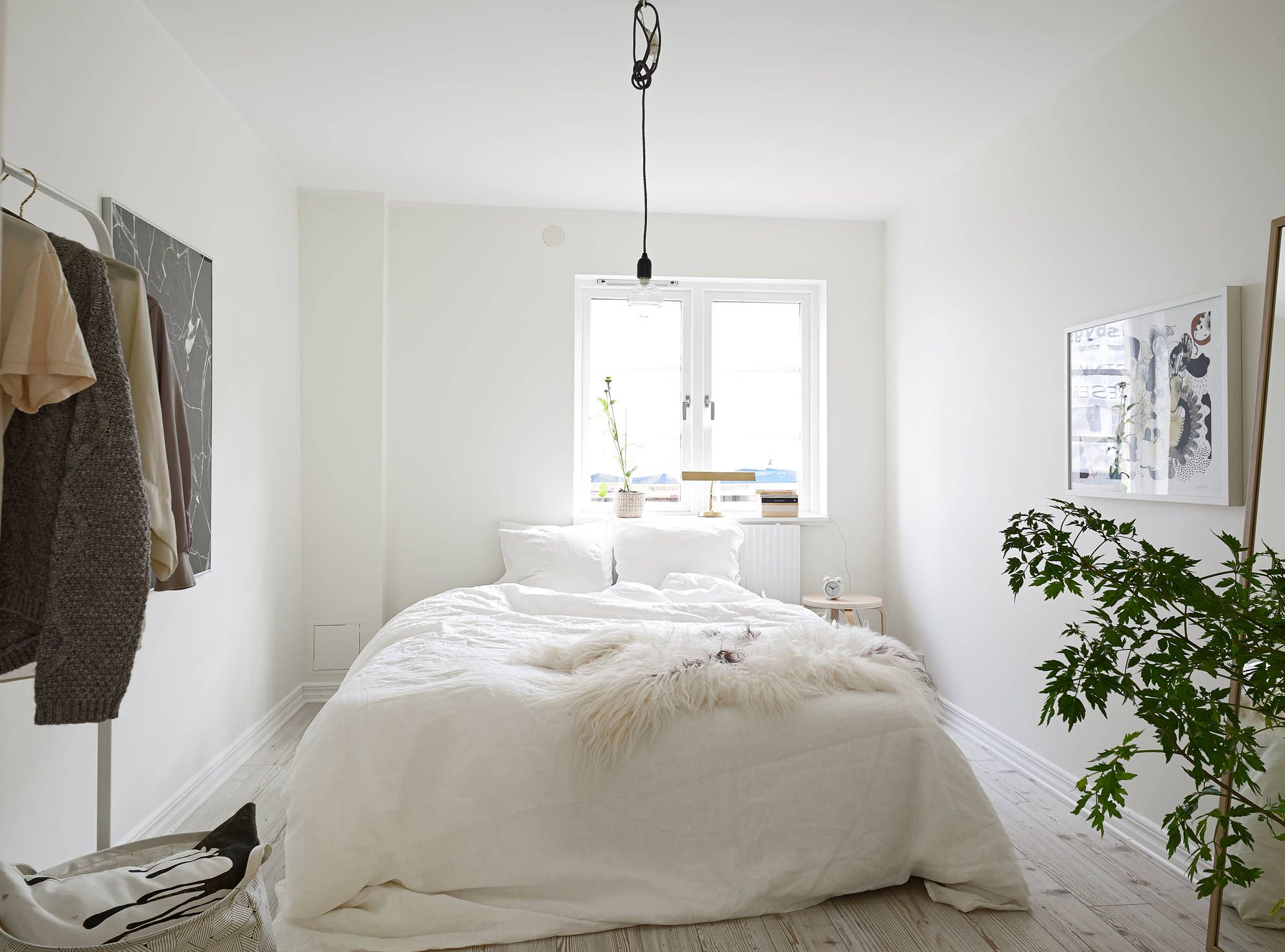 White bedroom designs tumblr - White Apartment Greens Bedroom Fur Sheepskin Throw