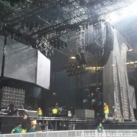 madonna sticky & sweet tour live design online stage - Google Search