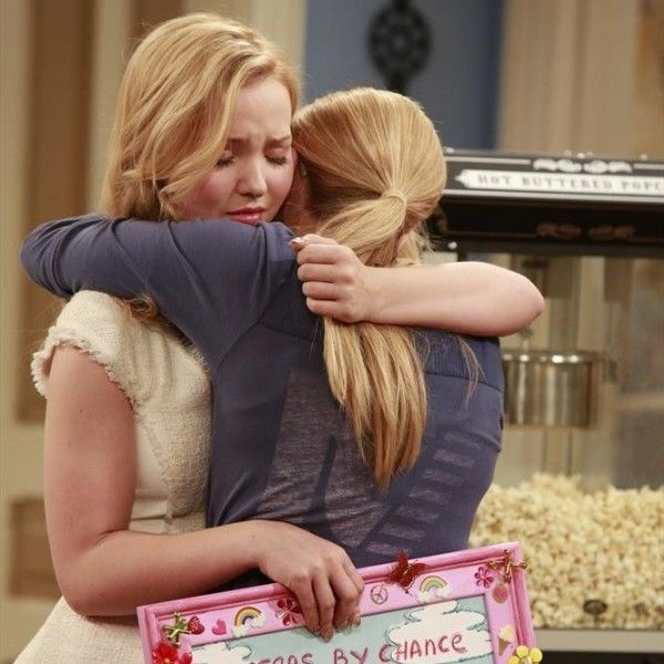 """Disney Channel To Preview """"Liv and Maddie"""" After """"Teen Beach Movie"""" July 19, Premieres This Fall"""