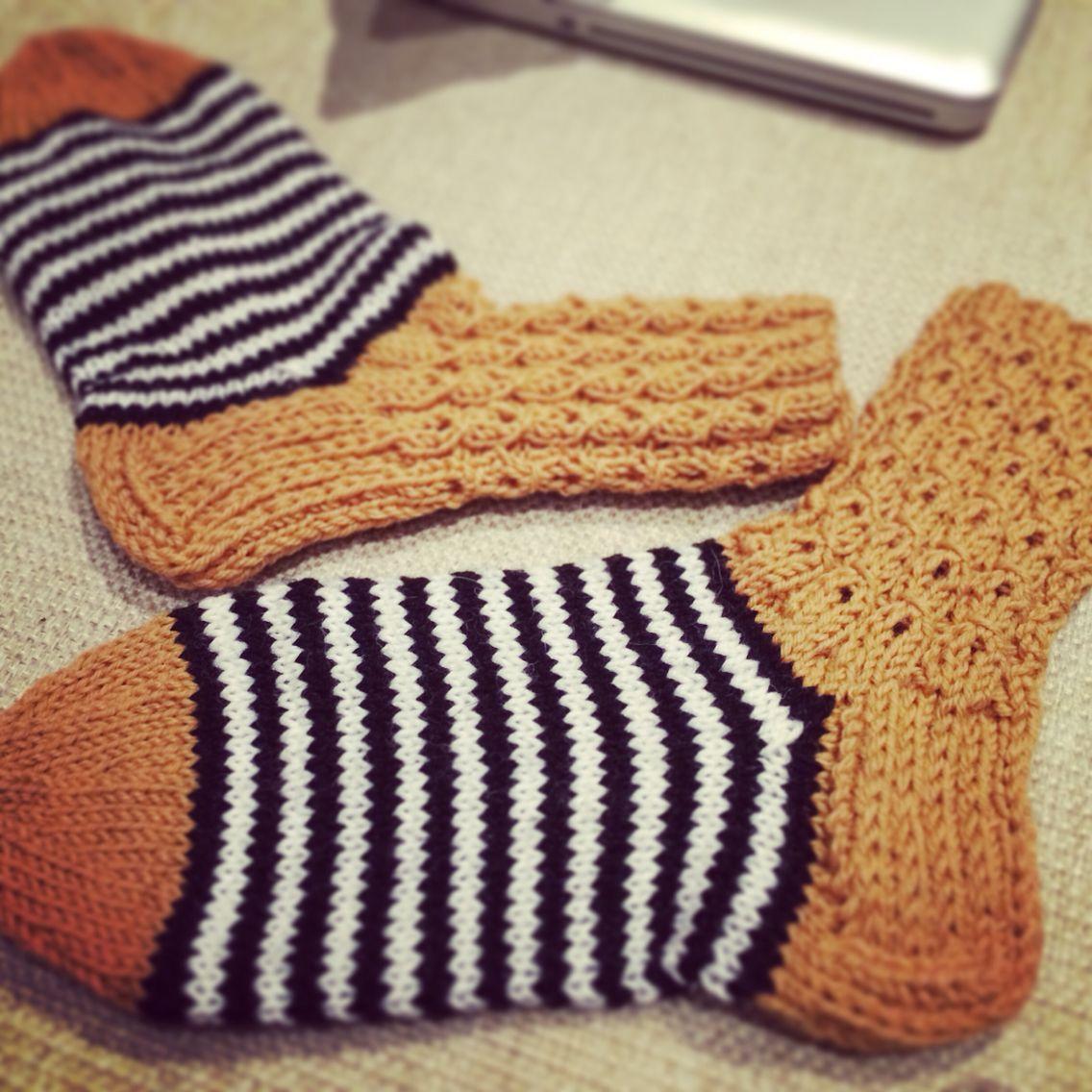 Diy, knitting, my woolsocks, neulominen, käsityöt, harrastus, raitasukat, villasukat