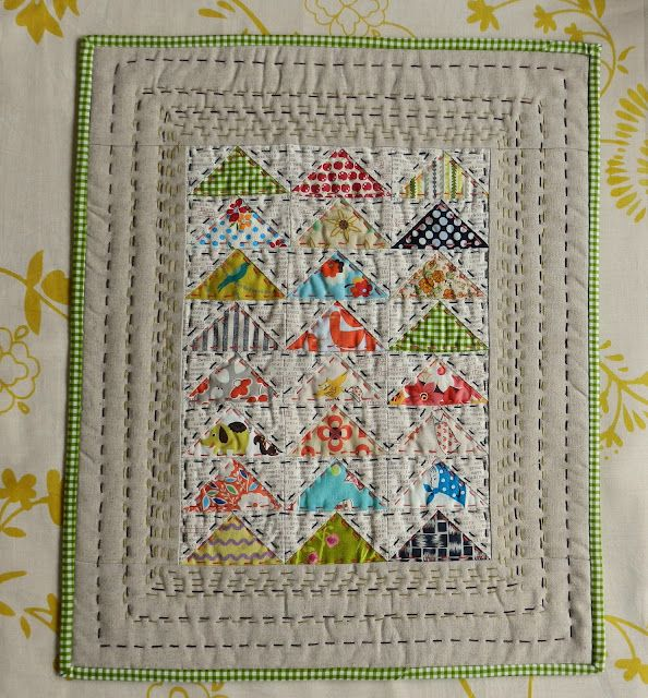 Molly Flanders ... the sweetest mini quilt