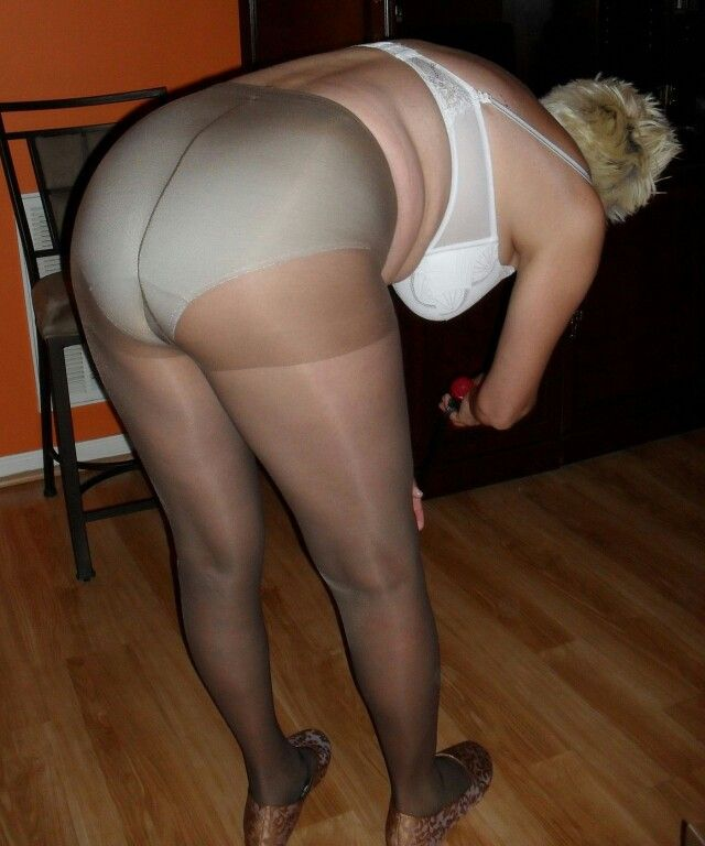 Very Fat Teen In Silk 45