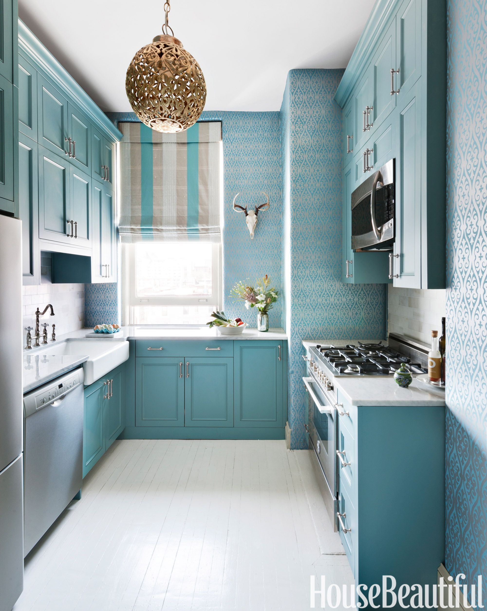 150+ Beautiful Designer Kitchens for Every Style | Ge microwave ...