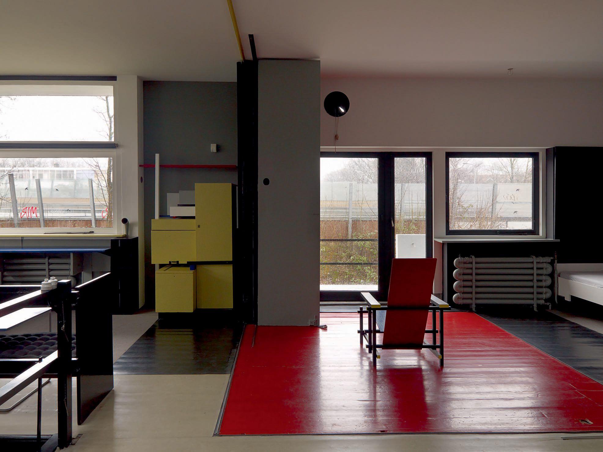 intrieur bauhaus architecture gerrit thomas rietveld schroder house utrecht 1924 architecture rietveld salle