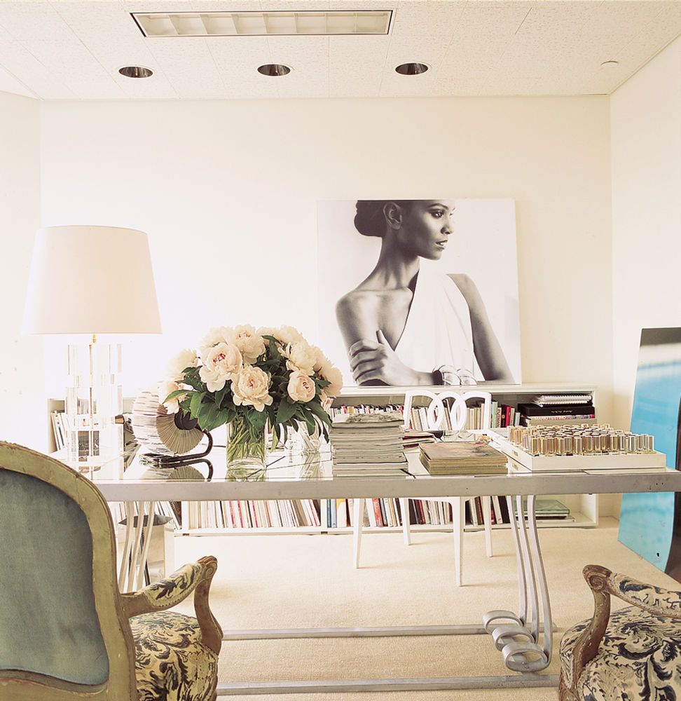21 Feminine Home Office Designs Decorating Ideas: A Glamorous, Feminine Office